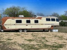 Vintage 5th wheel was made for Howard Hughes by Airstream.