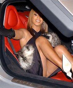 celebr upskirt, queen, sexi wear, nice shot, beyonce, paparazzi, women, beyoncé, beyonc knowl