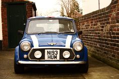 Old Mini Cooper by Alfonso Jiménez, via Flickr