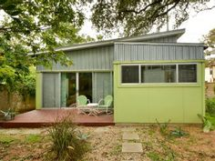 Austin House Rental: 1br Modern studio blocks from Downtown
