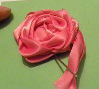 ribbon rose tute