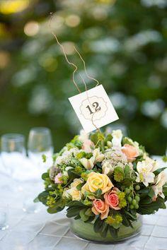 Centros de mesa de bodas.  www.bodacor.com  http://www.bodacor.com/bodas-zaragoza-huesca-teruel-pamplona/categorias/preparativos/floristerias?term_node_tid_depth=all