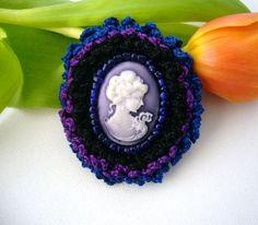 Pretty Victorian Lady Lilac Cameo Brooch Pin by CraftsbySigita,   www.etsy.com/shop/CraftsbySigita