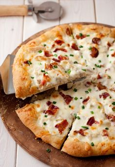 Chicken Alfredo Pizza - our family LOVES this pizza!