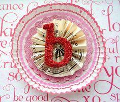 cupcake liners & glitter