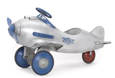 MID-CENTURIA : Art, Design and Pursuit pedal car for Murray, c. 1940's. via Heritage Auctions - Decor from the Mid-Century and beyond: Viktor Schreckengost: America's DaVinci