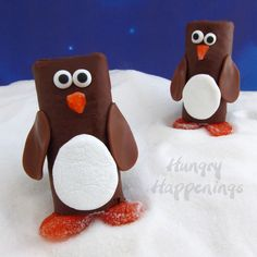 Hungry Happenings: Snack Cake Penguins - a great treat to celebrate Christmas in July