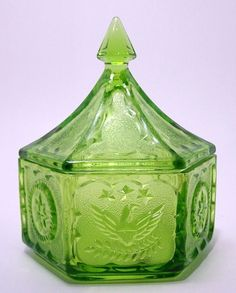 Indiana Glass Tiara Exclusive Colonial Lidded Candy Box Green $8.00