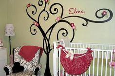 Resultados de la Búsqueda de imágenes de Google de http://www.unique-baby-gear-ideas.com/images/our-baby-girls-pink-and-green-nursery-decor-21403334.jpg