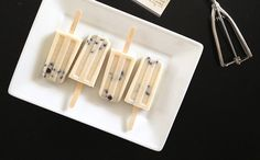 Cookie Dough Popsicles Recipe ==> http://www.craftdiyideas.com/cookie-dough-popsicles-recipe/
