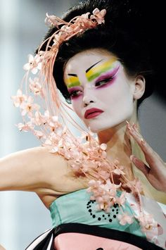 John Galliano creative make up