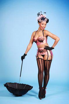coco framboise burlesque dancer