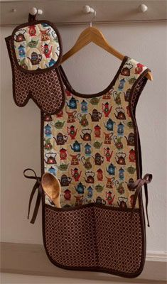 """""""Oven Proof Apron."""" Web bonus pattern for quilt by Leigh Headington and Betty Berginski of The Sweet Tea Girls featured in Quilt Almanac 2011. Fabric used was from the Morning Call collection by Hoodie for Blank Quilting."""