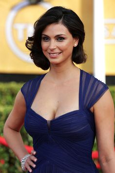 Morena Baccarin cleavage in a blue dress
