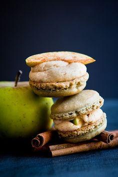 Apple-Cinnamon Macarons