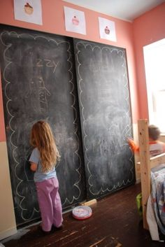 chalk board walls!  Think i need to paint the wardrobe doors in the kids rooms!!