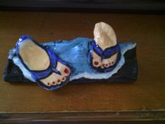 Hand Painted Oyster shells mounted to driftwood by JaxonSigns, $20.00