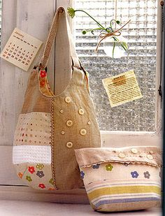 zakka. Great use for refashioned linen, placemats, tablecloths or upholstery samples