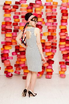 Circle Photo Booth Backdrop [DIY Party Decorations] ~ Be Different...Act Normal