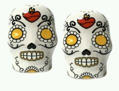 Sugar skull salt and pepper shakers !