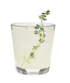 thyme and lime vodka lemonade.