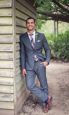 Photographer suit from Express, Washed Oxford tie from J. Crew, Wingtip shoes from Stafford - love it all.