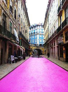 - Rua cor de Rosa - Lisboa, Portugal bucket list, pink street, sodré, travel, lisbon, place, portugal, lisboa, cai