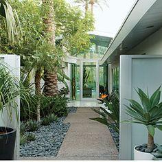 how to create a clutter-free garden | sunset.com