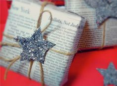 christmas cards, wrap idea, giftwrap, christmas presents, star, christmas gift wrapping, wrapped gifts, newspaper, christmas gifts