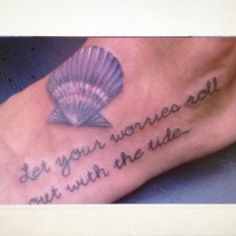 Its hard to find good shell tattoos. This is an exception. Love the detail and color.