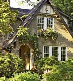 Adorable cottage.