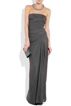 Bandage stretch-jersey strapless gown by Amanda Wakely in charcoal stretch jeresey.