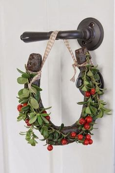 A Farmhouse Christmas - The Cottage Market holiday, christmas time, idea, christmas decorations, horseshoes, wreath, christmas display, hors shoe, equestrian decor