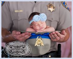 Probably the sweetest thing I've EVER seen. #CHP