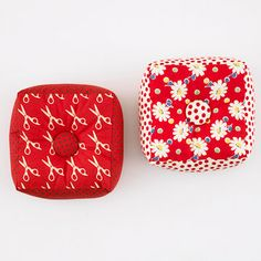 Big and Bold Pincushions craft, bold pincushion, red, pattern, pincushions, big, pin cushion, sewing accessories, pretti pincushion