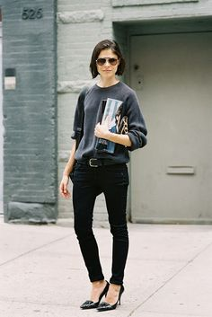 No time to dress to the nines? Pair some black skinnies, grey tee, and chic pointy toe pumps to be street-style shot worthy
