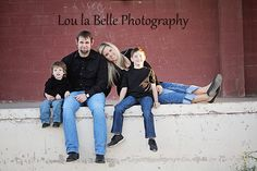 family photos, utah photographer. family pose, urban photos, lou la belle photography, mom and sons, mother and sons, family photography, photos pics