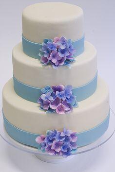 Hydrangea Flower Wedding Cake blue ribbon, wedding photography, wedding ideas, hydrangea cake, tiffany blue, flower cakes, wedding photos, wedding cakes, blue weddings
