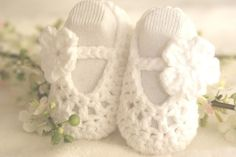 WHITE with WHITE Baby Ballerina Slippers / baby shoes 3-6 months $16 #baby #girl #etsy #ballet