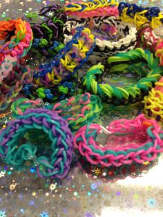So many #bandaloom bracelets so little time! #rubberbandbracelet #loom