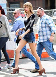 Taylor Swift struts through New York on April 12