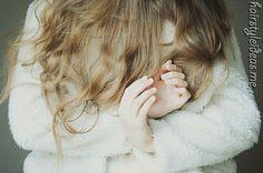 hand, hairstyles, hair colors, black hair, laura makabresku, fur, beauti, origin spot, coats