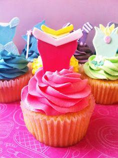 top the cupcake: Disney Princess cupcake tutorial