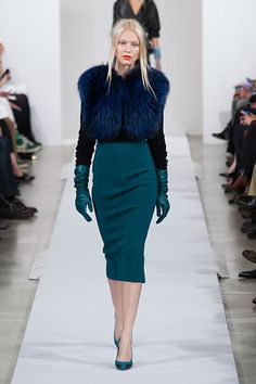Oscar de le Renta Fall 2013: blue is in! ODLR recreated a love story at his runway show