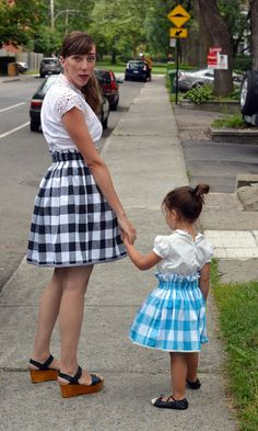 sew: Mother-Daughter Reversible Paper Bag Skirt DIY || petit a petit and family for The Sewing Rabbit