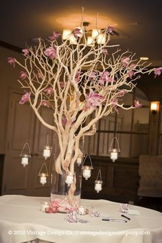 A wishing tree at the entrance to the reception.