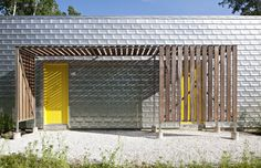http://www.contemporist.com/2012/08/15/dutchess-house-no-1-by-grzywinskipons/dh_150812_11/#