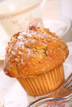 The Chew: Daphne Oz & Carla Hall Apple Cinnamon Muffins Recipe