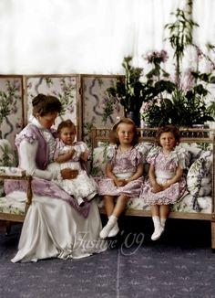 Empress Alexandra Feodorovna with little Marie, Olga, and Tatiana