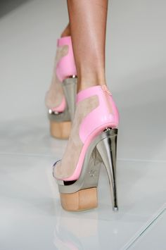 Barbie pink  #shoes #fashion #pink